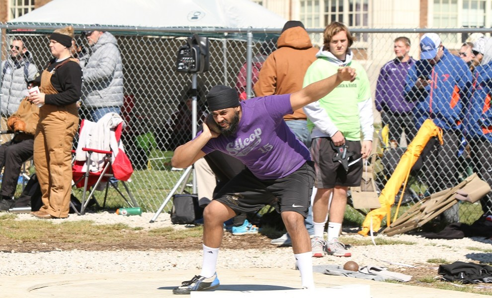 Bhupinder Chahal PRed in the Shot Put on Friday. Photo by Kathy Arnold.
