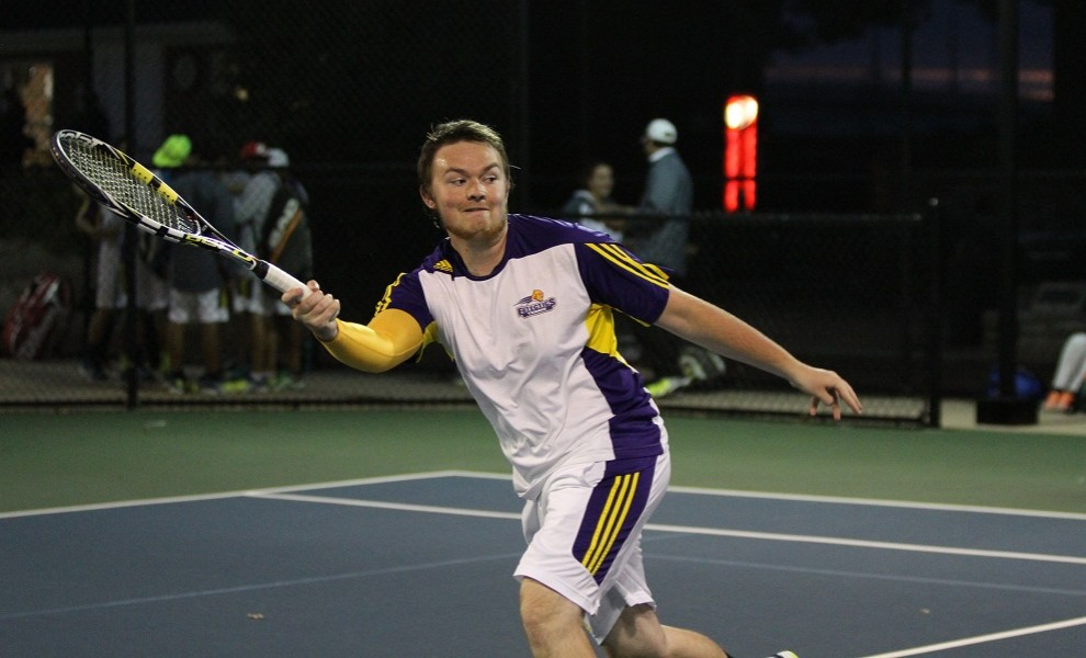 Corey Thompson paired with Sheldon Taylor to shutout the Griffins at Court 3 doubles. Photo by Kathy Arnold.