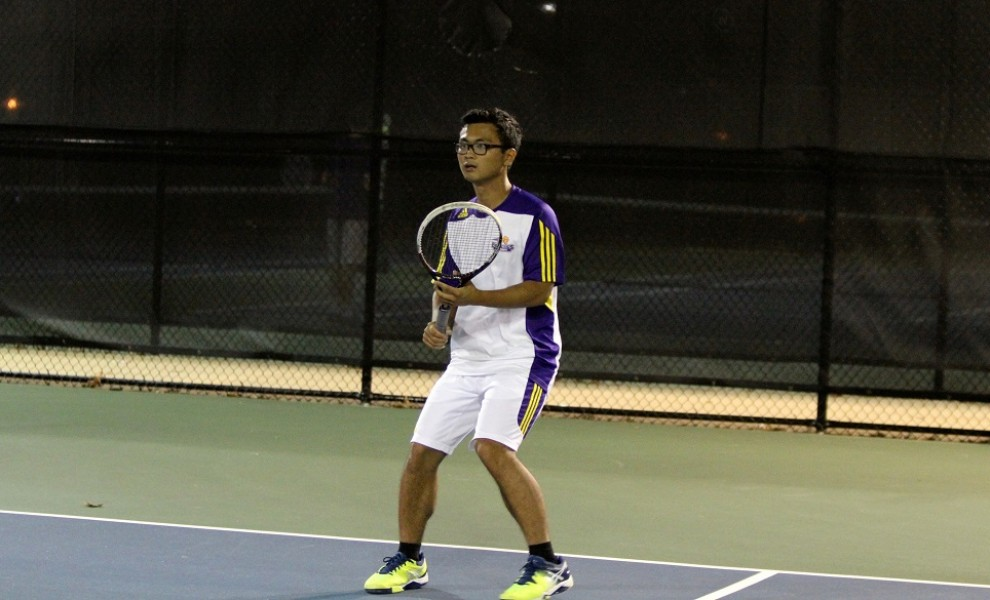 George Win claimed singles and doubles wins on Friday. Photo by Kathy Arnold.