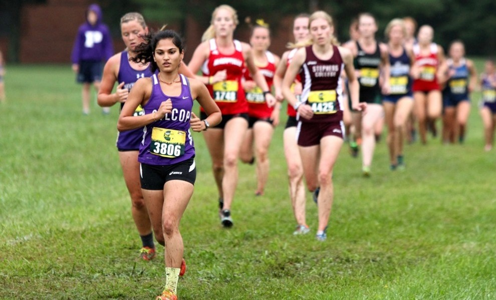 Janki Patel leads the pack. Photo by Kathy Arnold.