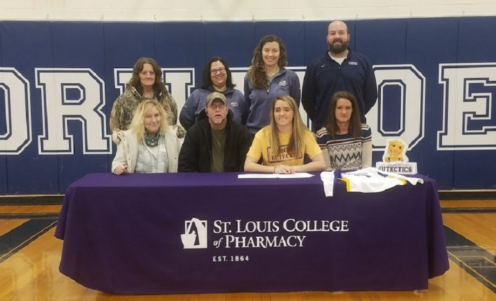 Kassie Jeralds signs a letter of intent to play volleyball at STLCOP.
